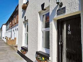 Pet Friendly Cottage Deal | Driftwood Cottage Kent dogs allowed